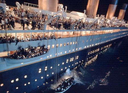 http://jovialiste.files.wordpress.com/2009/02/titanic.jpg